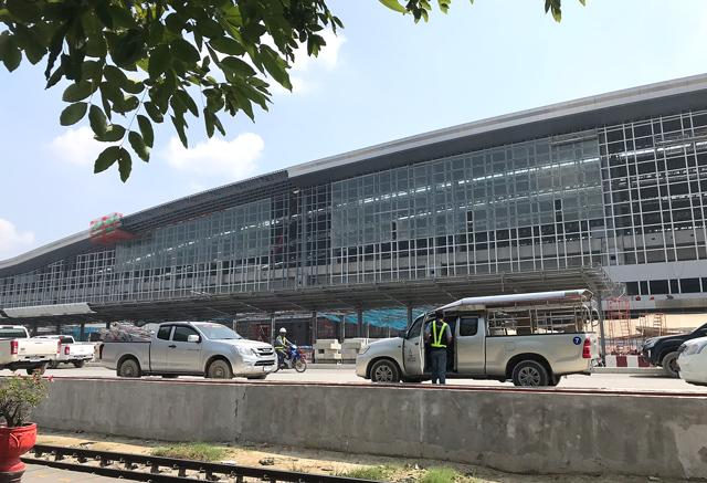 建設中のバンスー中央駅