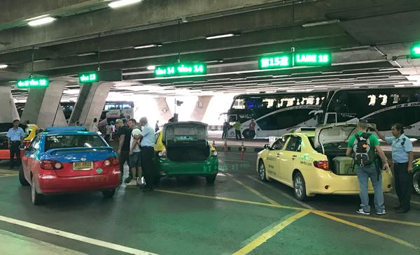 スワンナプーム空港のタクシースタンド