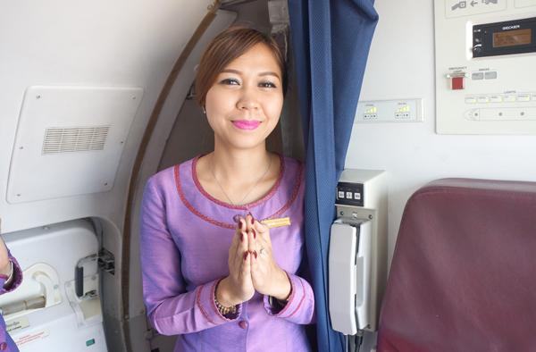 カンボジアアンコール航空の客室乗務員