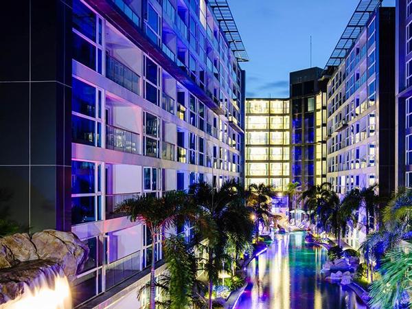 センタラ アズール ホテル パタヤ