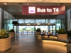 T4行きバス乗り場
