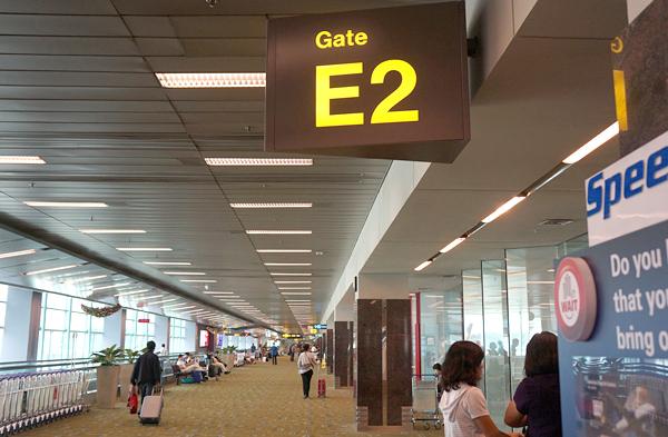 ターミナル2のE2ゲート