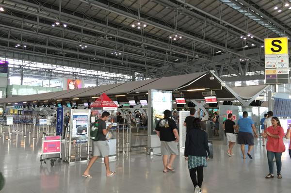 スワンナプーム国際空港 出発フロア