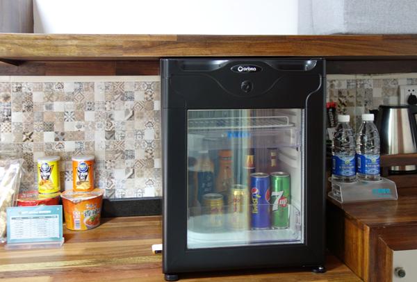 冷蔵庫、スナック類