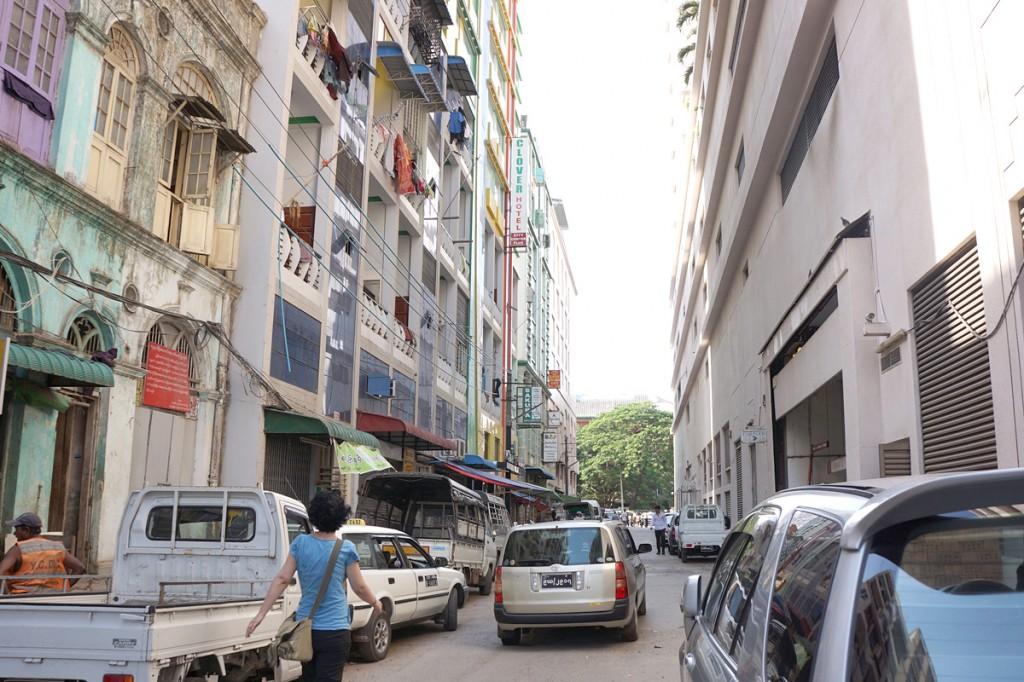 ホテルのある路地