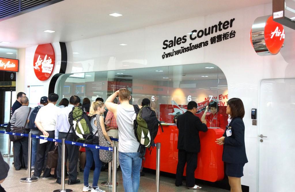 エアアジアのチケットカウンター