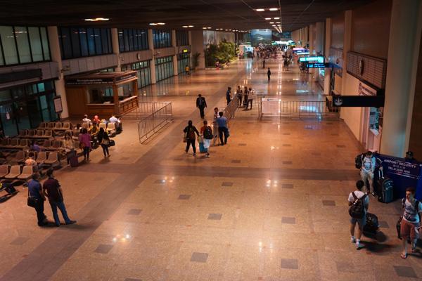 ドンムアン空港ターミナル到着ホール