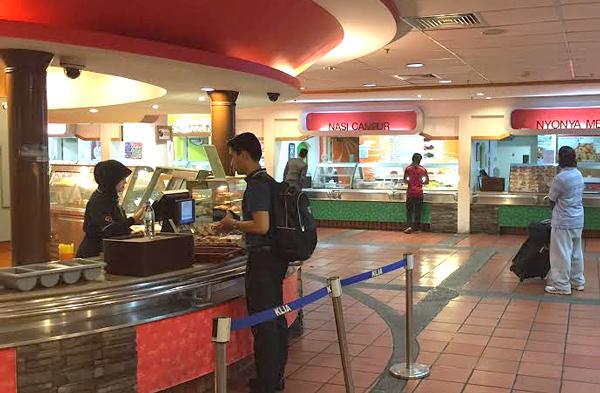 The Beverage & Dessert Counter