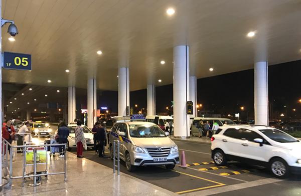 ノイバイ空港のタクシー乗り場