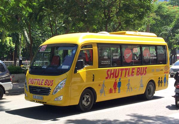 ホーチミン市内を走る49番バス