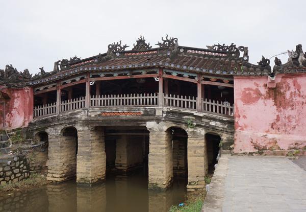 ベトナム・ホイアンの日本橋(来遠橋)