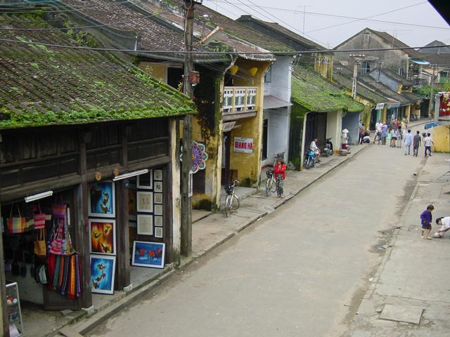 貿易陶磁博物館よりチャンフー通りを望む(2000年12月撮影)