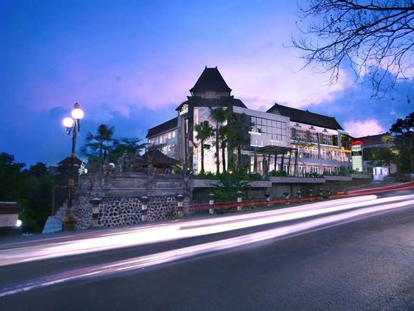 ホテル ネオ ガトット スブロト バリ (Hotel Neo Gatot Subroto Bali)