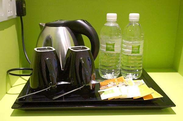 コーヒー、ドリンキングウォーターなど
