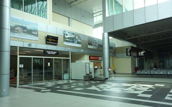 イポー空港ターミナル内の様子