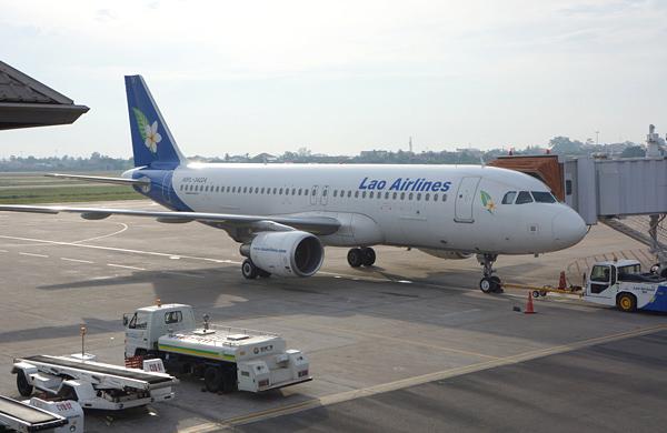 ラオス国営航空の機材