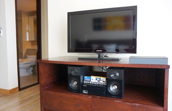 液晶テレビとDVDプレーヤー