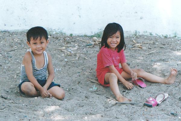 ルアンパバーンの子供たち