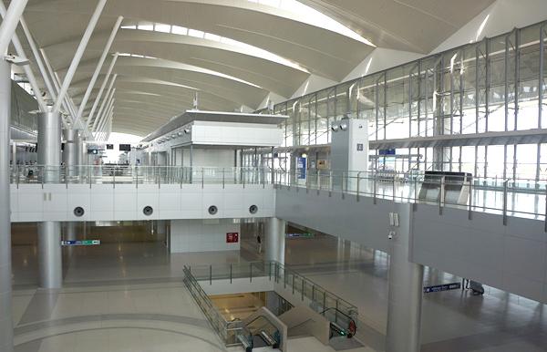 ターミナル内の様子