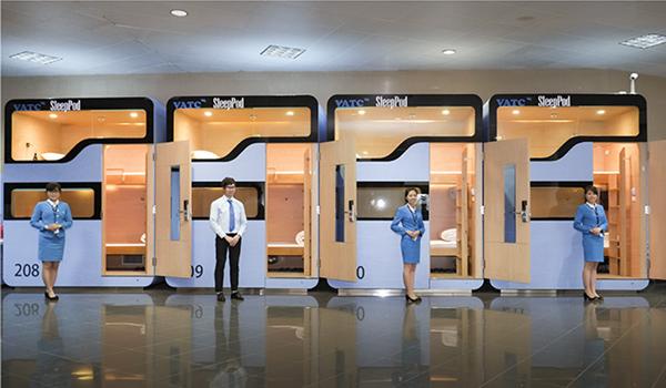 ノイバイ国際空港のカプセルホテル