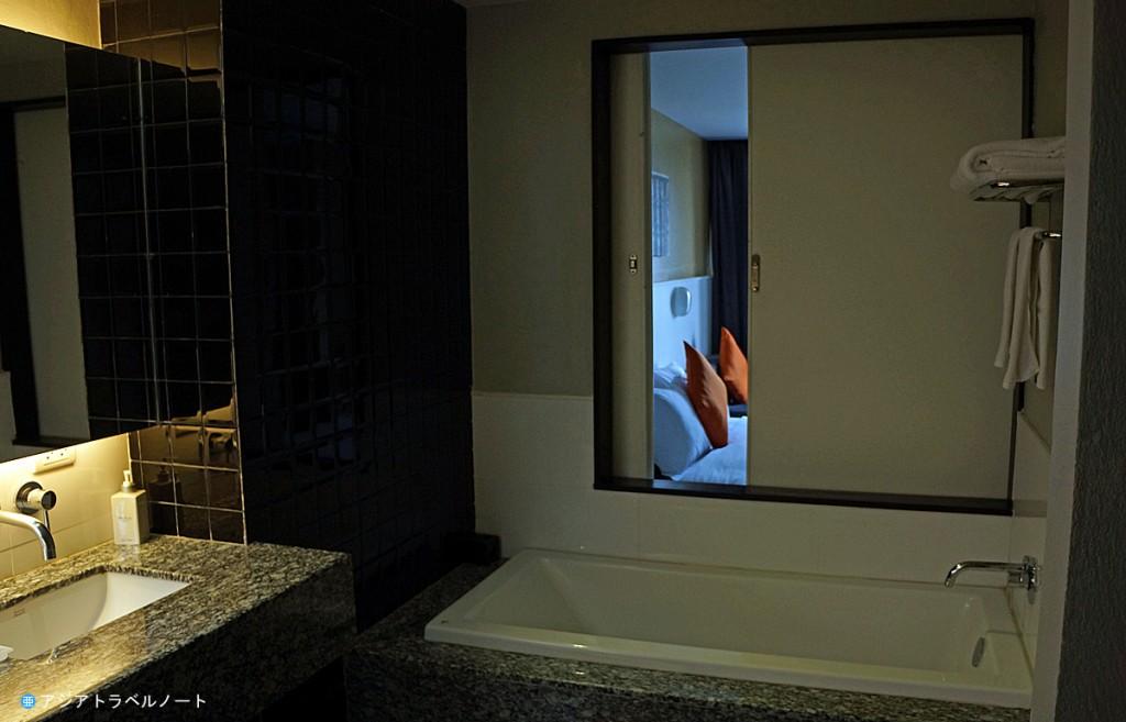 ページ10ホテル・パタヤのバスルーム