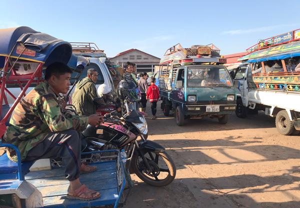ダーオフアン市場