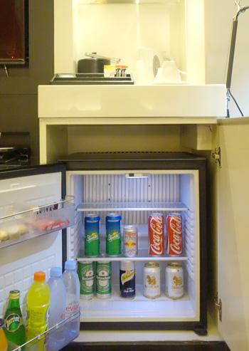 冷蔵庫(ミニバー)