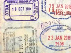 パスポートに押された出入国スタンプ