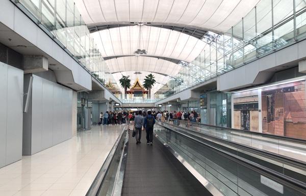 スワンナプーム空港到着フロア