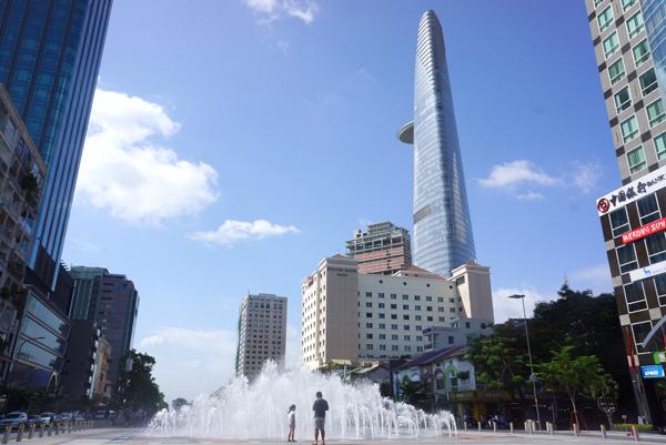 グエンフエ通りの噴水