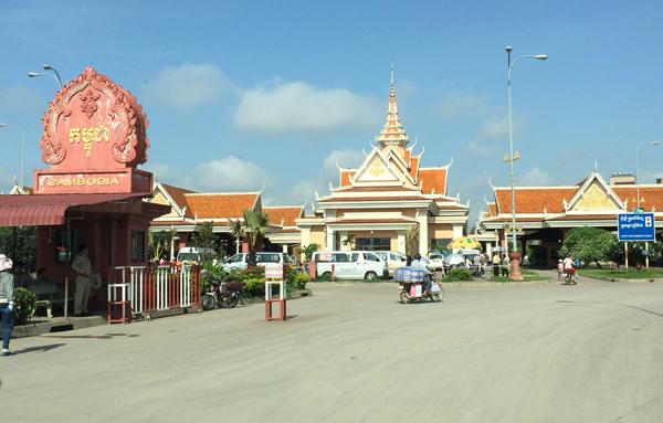 カンボジア側バベット国境ゲート