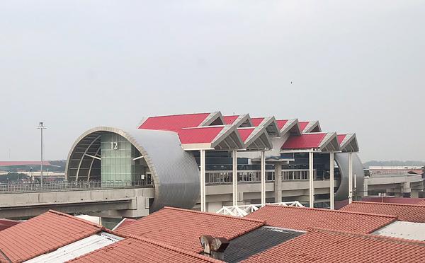 ターミナル2駅