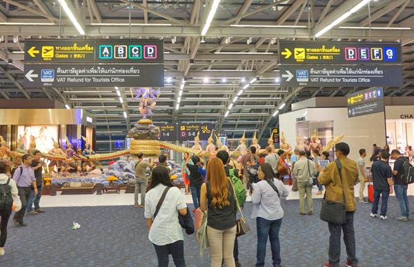 スワンナプーム空港ターミナル内の様子