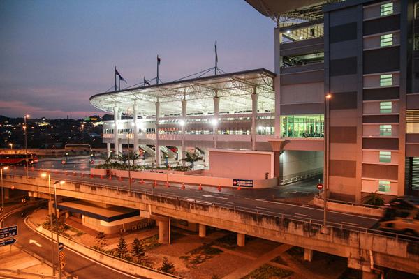 バンダー・タシッ・スラタン・バスターミナル