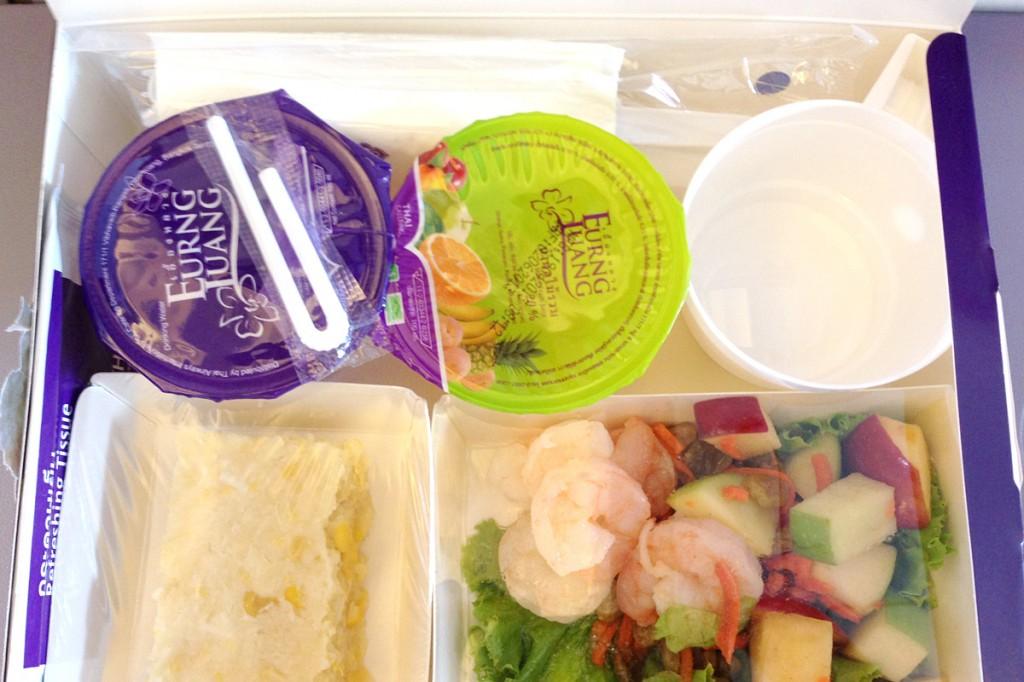 TG581便の機内食