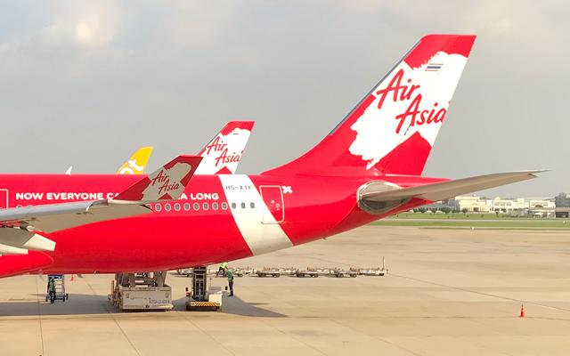 バンコク・ドンムアン空港に駐機中のタイ・エアアジアX機