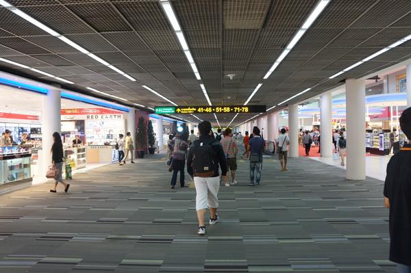 ターミナル内エアサイド