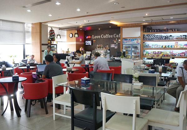 出国エリア内のカフェ