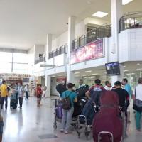 ワッタイ国際空港ターミナル内の様子
