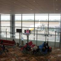 ヤンゴン国際空港ターミナル内の様子