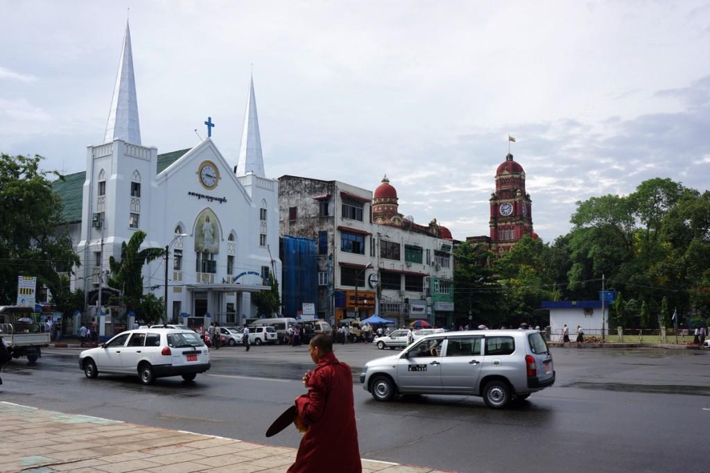 ヤンゴン・ダウンタウンの街並み